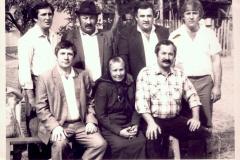 Сыновья  Карашева Хазрита Муридовича  с матерью Екатериной Карашевой.