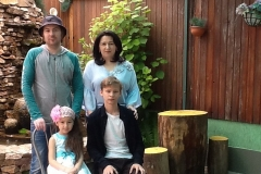 Карашев Аскер Михайлович со своей семьей.