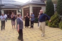 Танцуют Гидова Римма и Улигов Хажисмел.