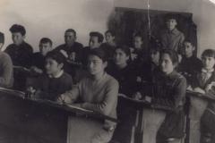 9 апреля 1963 г. Седьмой класс из десятилетнего образования.